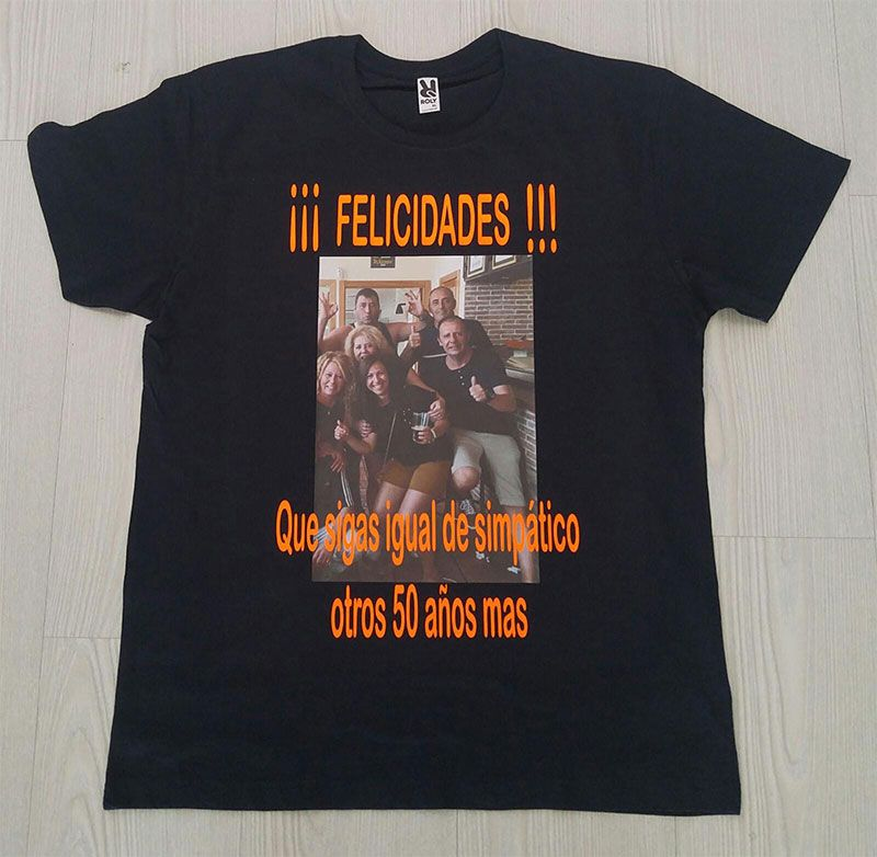 camiseta-personalizada felicidades
